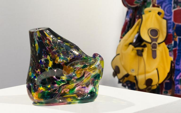 Hand blown glass sculpture by Jark Pane. From the exhibition, Portraiture, at Mairangi Arts Centre, Auckland 2019. Image courtesy and copyright of Artsdiary